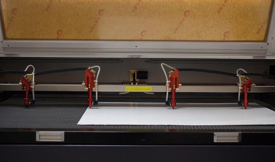 BY Lazer EBH Serisi 4 Kafalı Lazer Kesim Makinesi