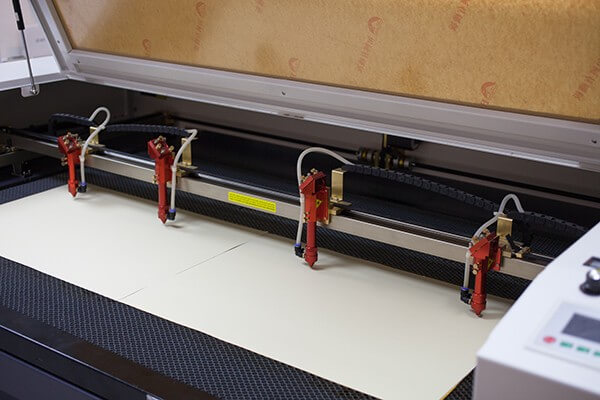ebh serisi 4 kafalı lazer kesim makinesi