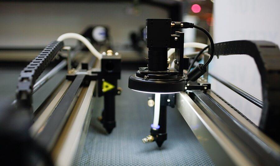 BY Lazer EBYC Serisi Geniş Format Kameralı Lazer Kesim Makinesi